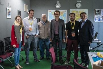 Breve visita de Pedro Duque y «Pepu» Hernández a AMSAT EA